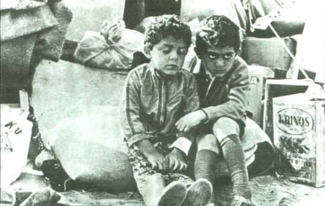 children_in_refugee_camp_700_bg