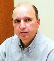 Ο καθηγητής Γιάννης Χριστιανίδης.