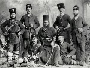 Μέλη του Βουλγαρικού Κομιτάτου Bulgarian Secret Central Revolutionary Committee στην Στενήμαχο (1885).
