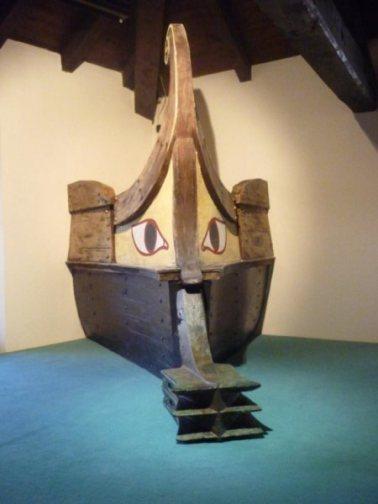 etruscan-warship