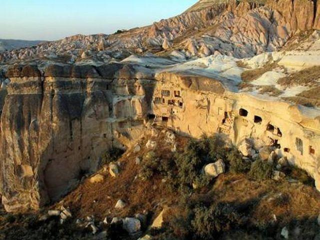 800px-Cappadocia_(3823840403)