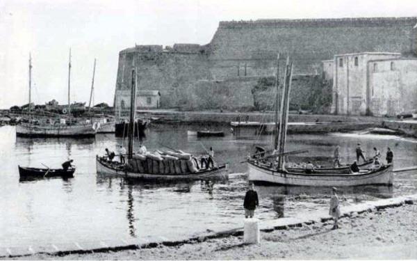 Kyrenia-Harbour-1950-600x375