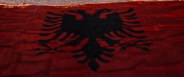 n-ALBANIA-FLAG-large570
