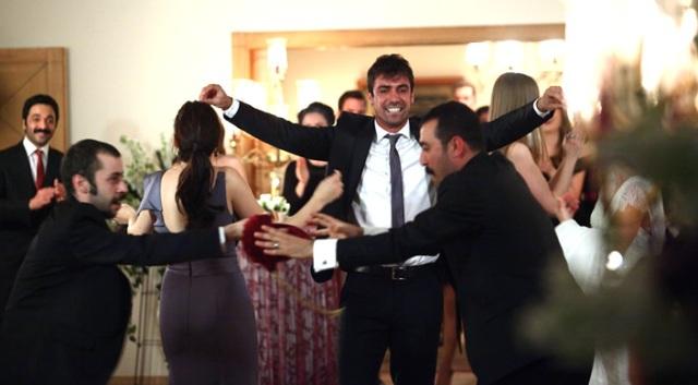 vatanim-sensin-greek-dance